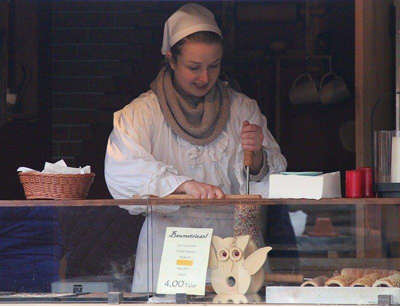 roupas antigas medievais mercado natal alemanha