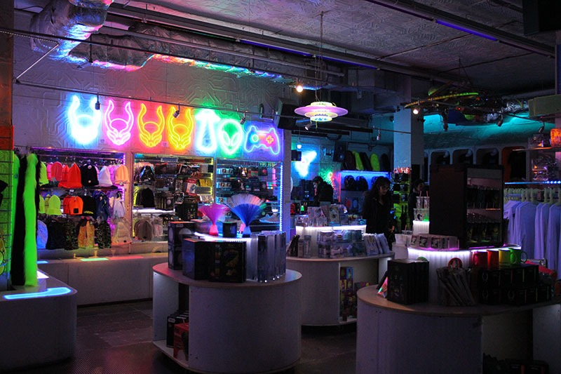 loja cyberdog camden town rave robo