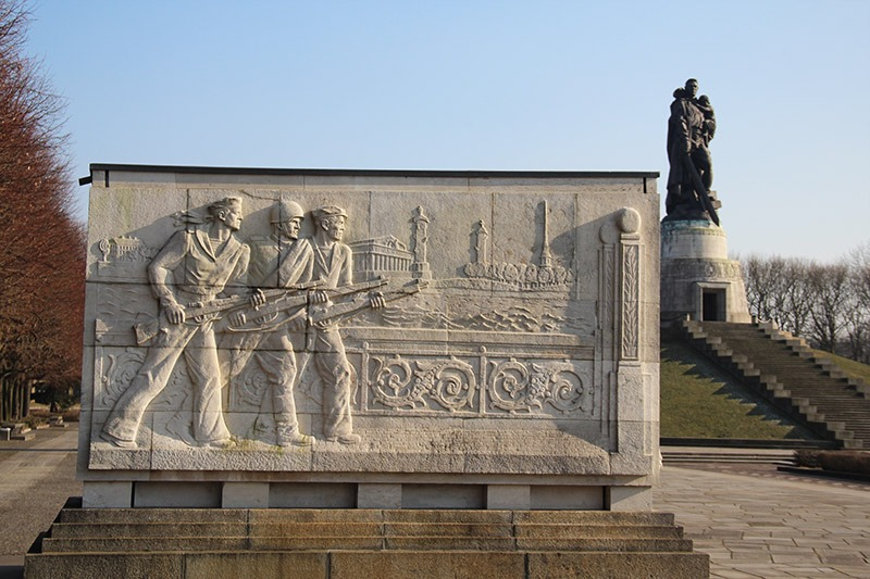 sarcofagos memorial sovietico berlim