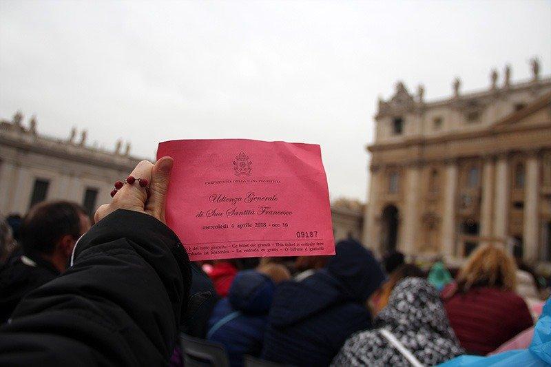convite missa do papa em roma dicas