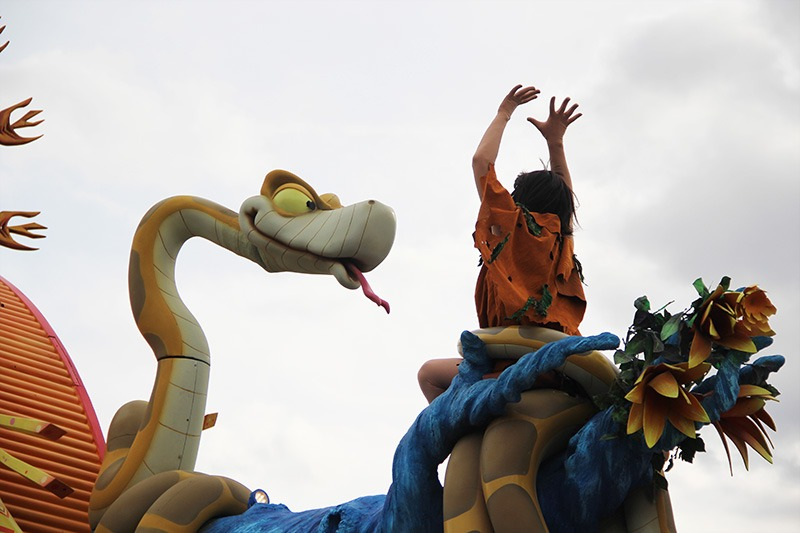 parade disneyland paris mogli