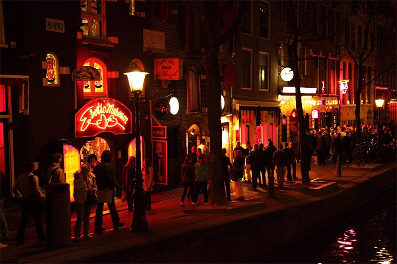 red lights district amsterdam prostitutas