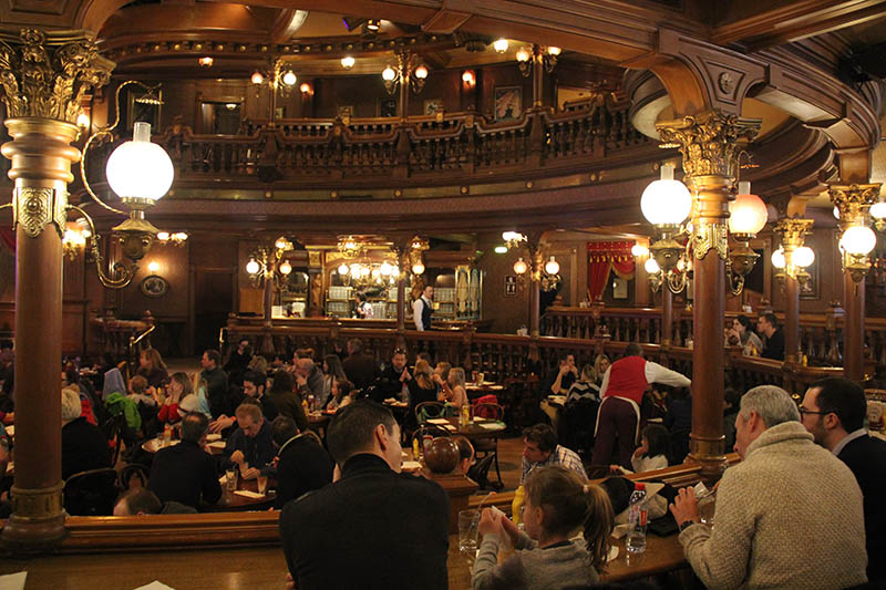 restaurante disneyland paris