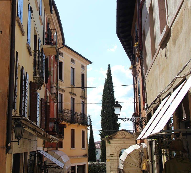 bassano del grappa ruas turismo no veneto italia