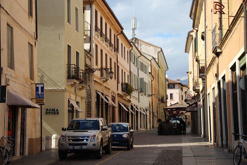 cidades para conhecer no veneto italia bassano del grappa