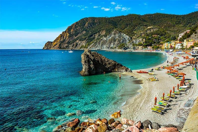 cinque terre praia monterosso al mare
