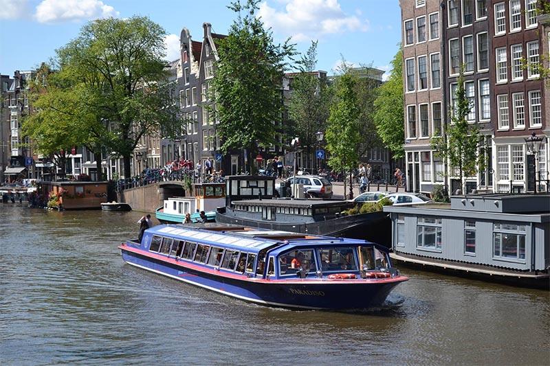 passeio barco em amsterdam blue boat
