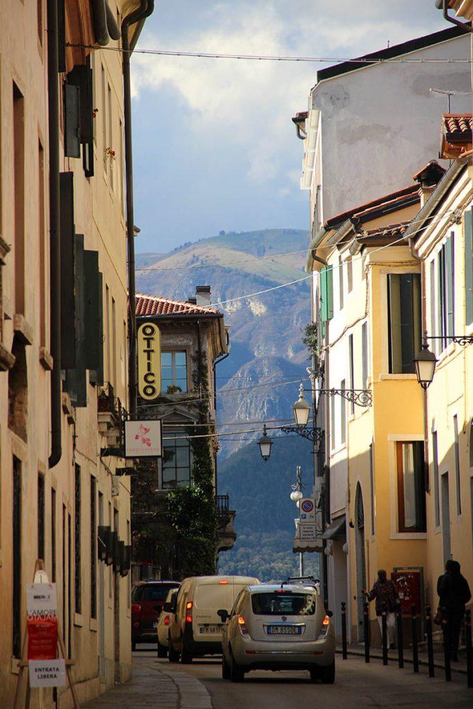 ruas bassano del grappa viajar para italia veneto