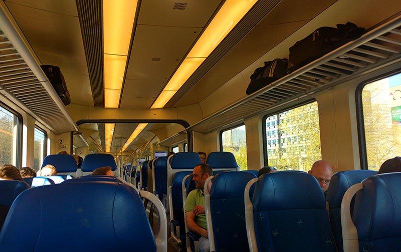 transporte na holanda trem