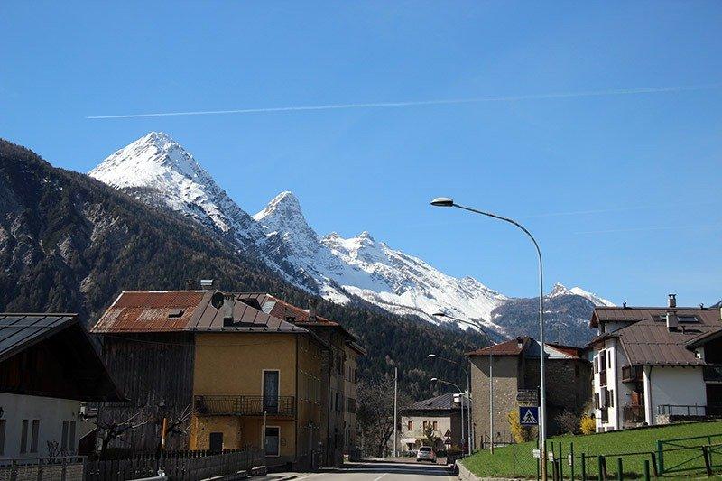 viagem de carro norte italia montanhas