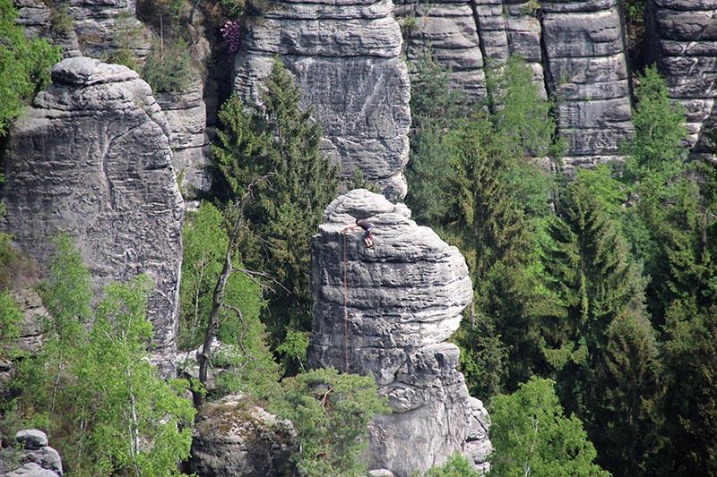 alpinistas parque bastei alemanha trismo