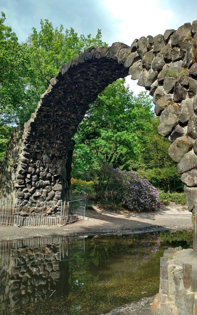 ponte em circulo de pedra alemanha