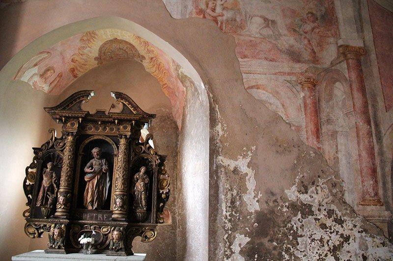 capela dentro do castelo de bled eslovenia