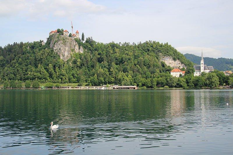castelo igreja lago bled eslovenia