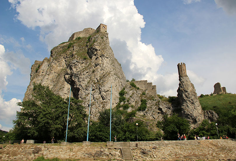 como visitar o castelo devin na bratislava