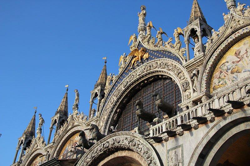 detalhes basilica di san marco cavalos mosaico