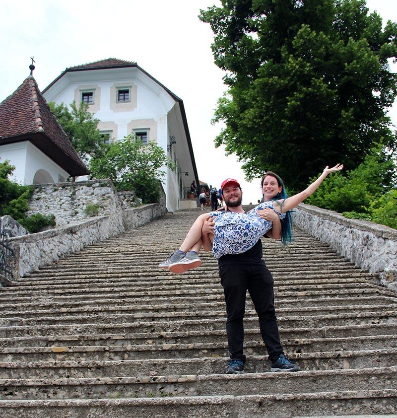 escadarias ilha lago bled eslovenia