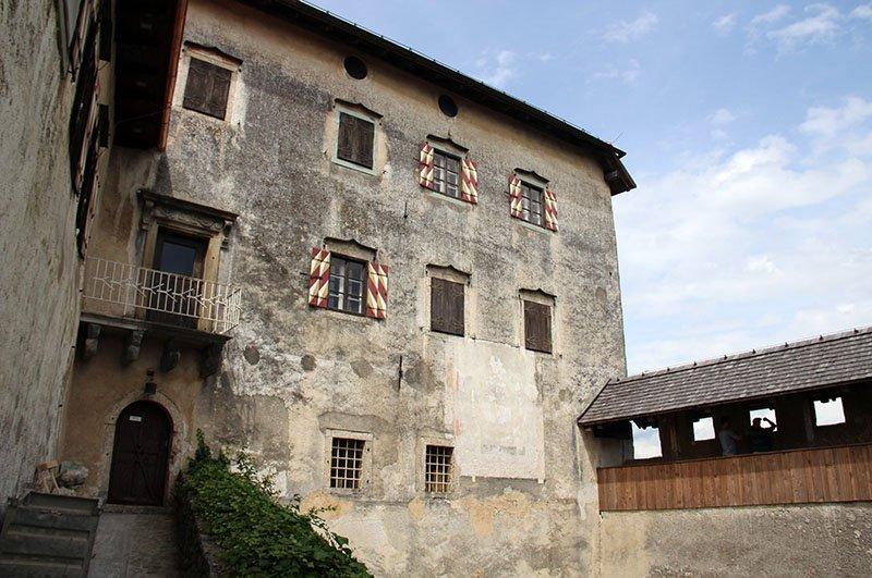 estrutura castelo de bled na eslovenia