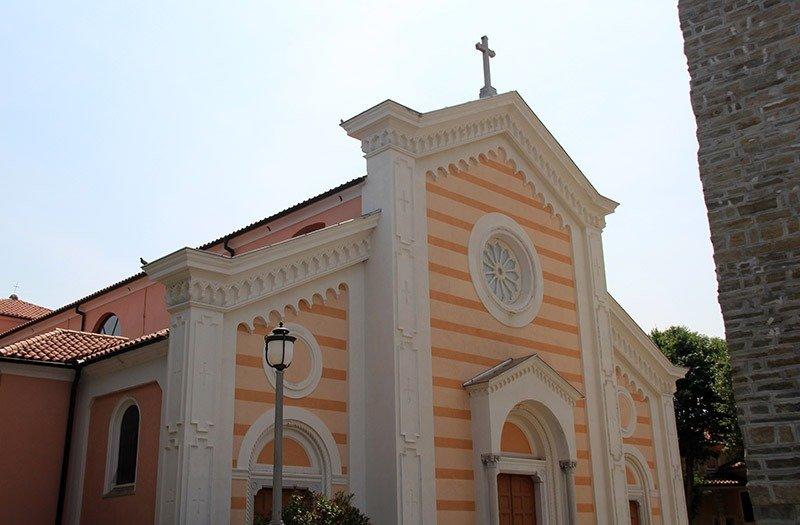 igreja em izola eslovenia