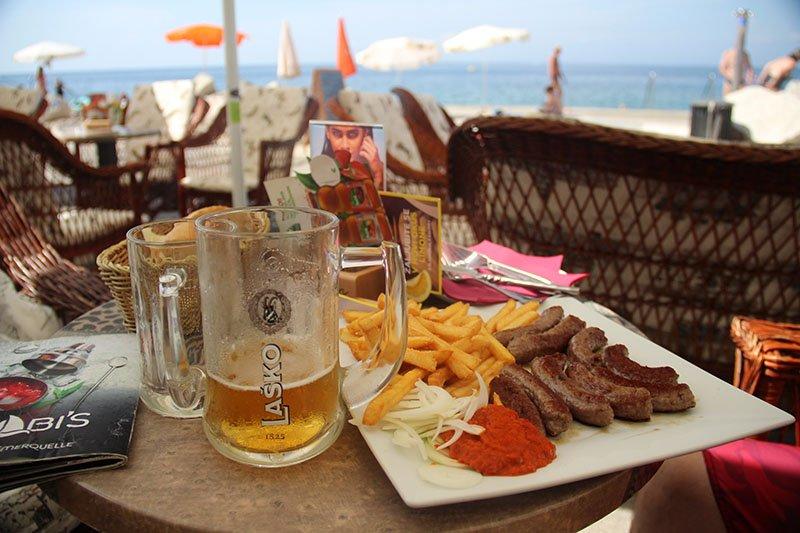 o que comer na eslovenia cevapcici