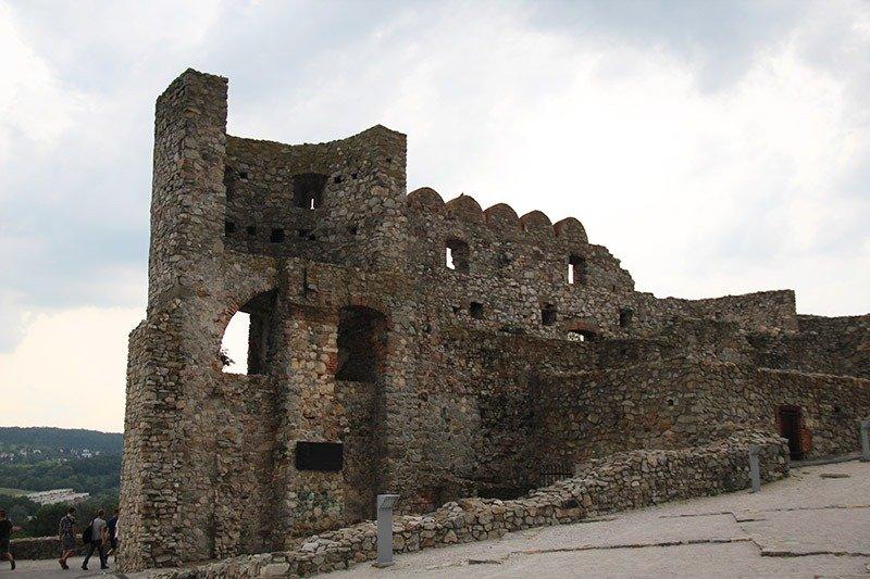 o que visitar na bratislava castelo devin museu arqueologico