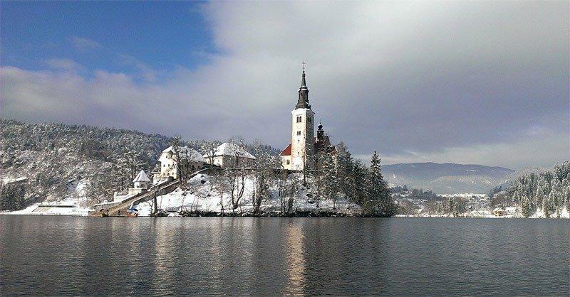 quando visitar bled inverno verao