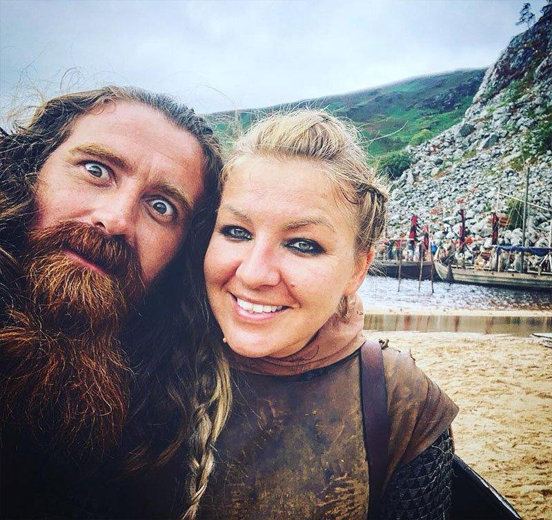 cenas de vikings na irlanda barcos