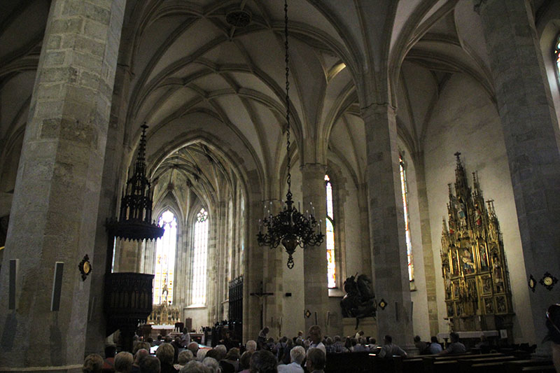 interior igreja st martin bratislava