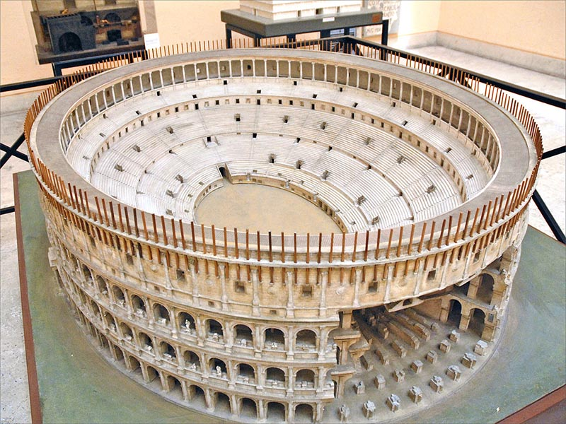 maquete do coliseu como era antigamente