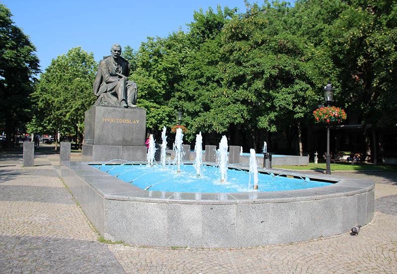 roteiro na bratislava eslovaquia praça fonte