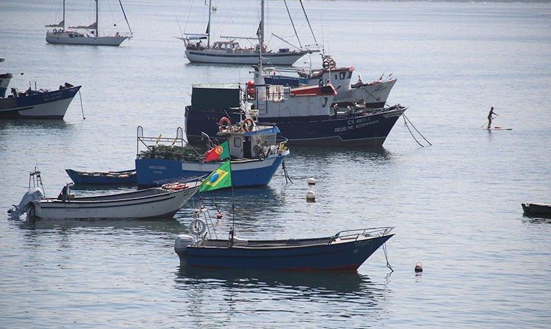 barco bandeira brasil portugal cascais