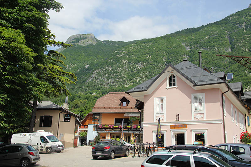 cidades legais na eslovenia bovec Vale do rio Soča