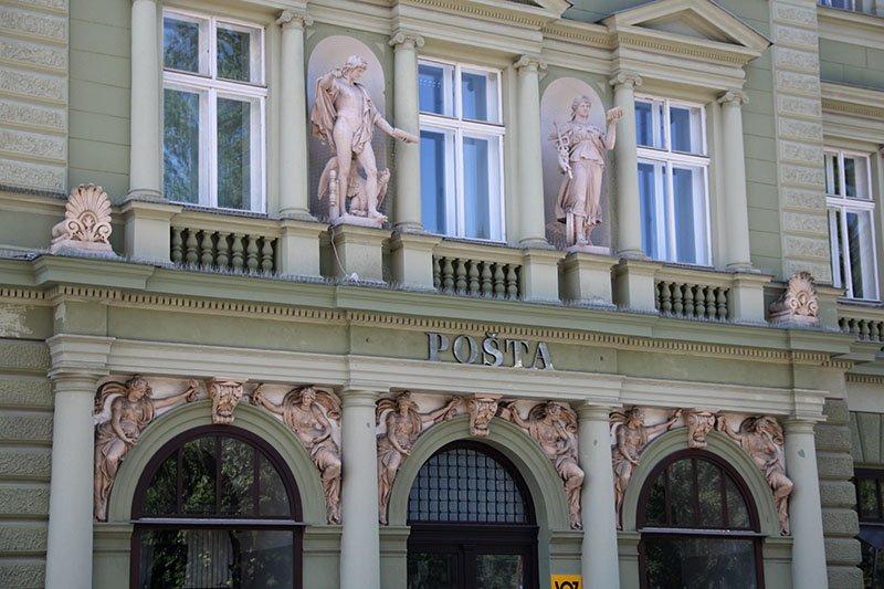 correios maribor eslovenia arquitetura