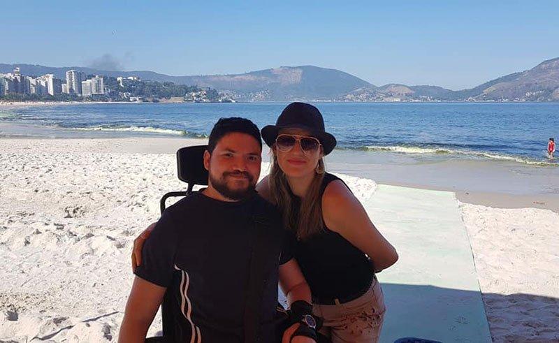 esteira na praia acesso para cadeirantes