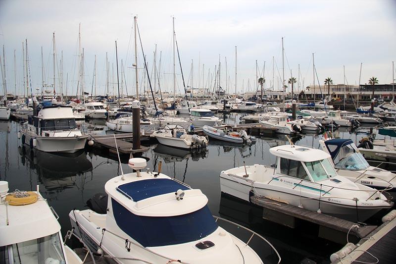 marina de cascais barcos