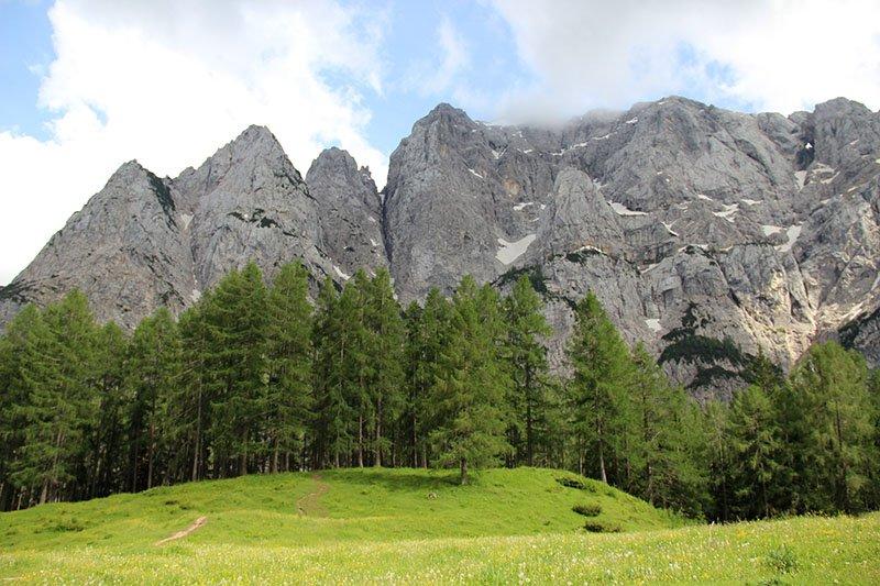 montanha presank janela natural eslovenia triglav park