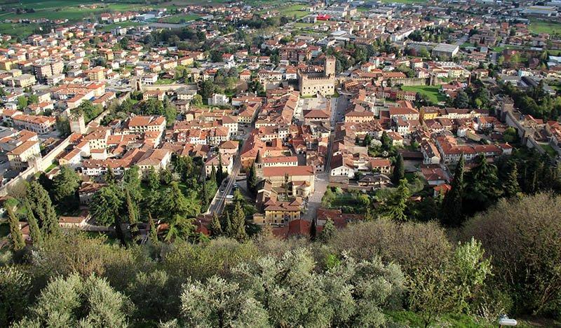 muralha de marostica cidades pequenas da italia veneto