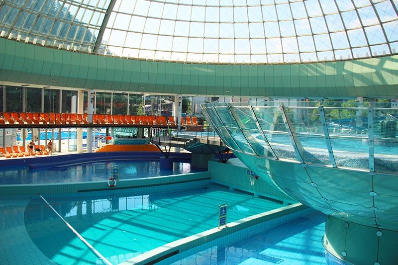 piscina lasko eslovenia