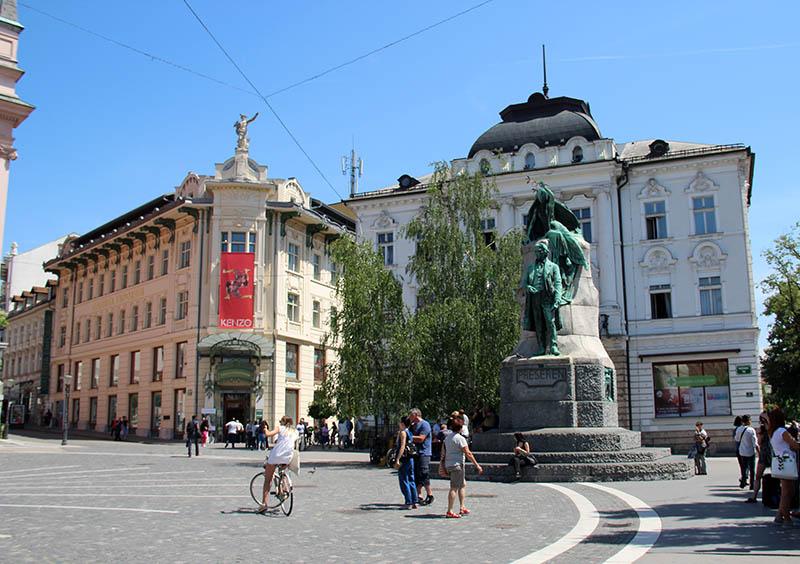praça preseren poeta esloveno liubliana