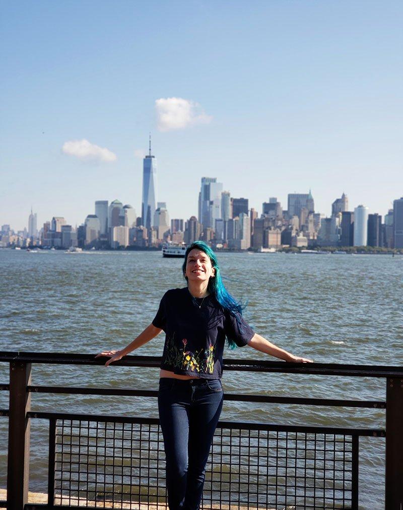 vista de manhattan da ilha liberty nova york