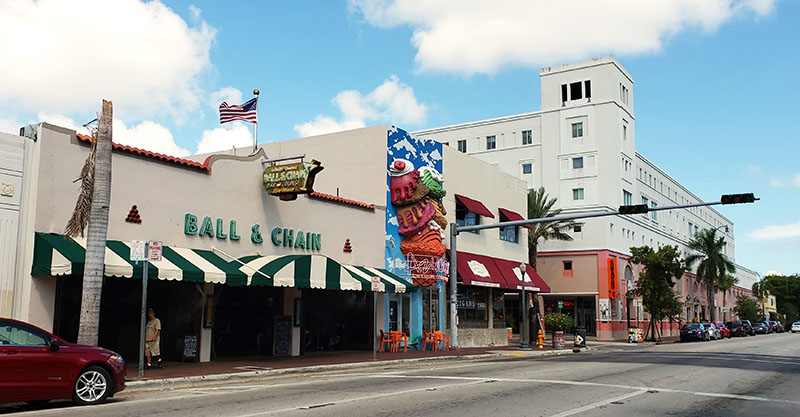 calle ocho little havana miami