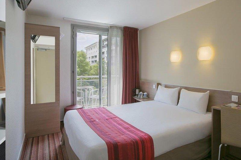 hotel em paris onde ficar