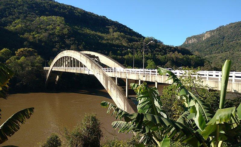 ponte rio das antas em bento gonçalves veranopolis