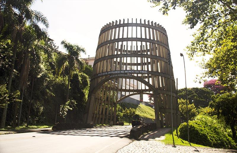 portal pipa portico barril em bento gonçalves