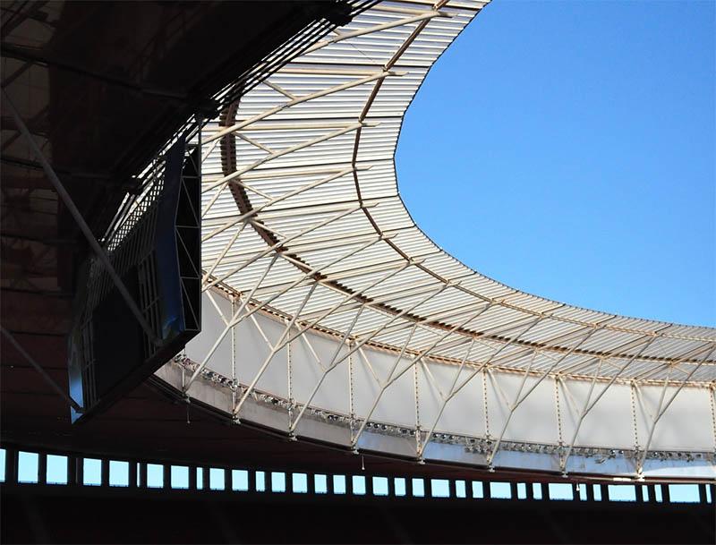 estadio de futebol mane garrincha visto do interior
