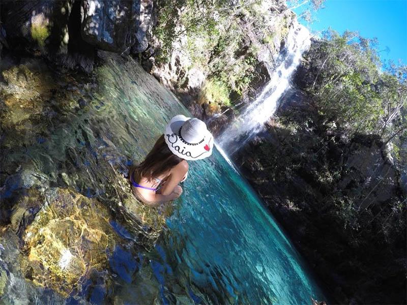 cachoeira santa barbara azul chapada dos veadeiros
