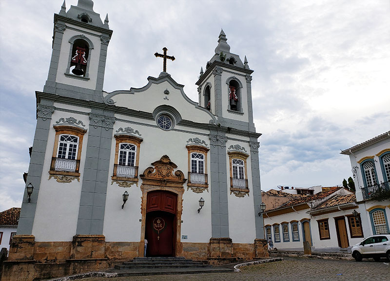 igreja nossa senhora do rosario e solar dos neves