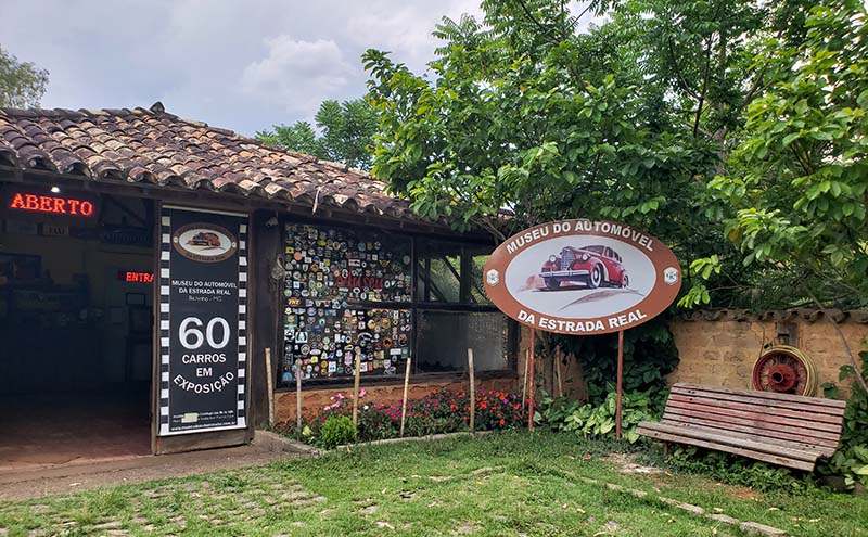 Museu do Automóvel em Bichinho