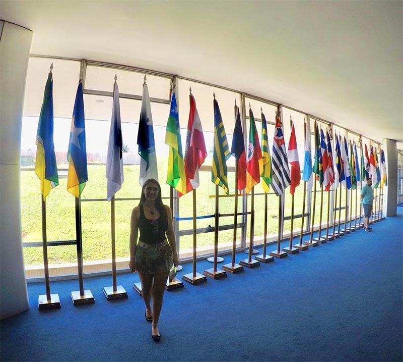 visita ao Palácio do Congresso Nacional praça bandeiras