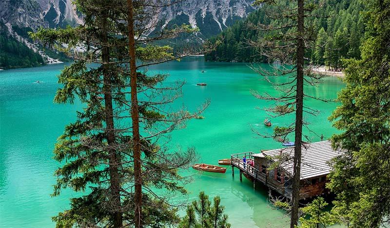 lagos alpes italianos e dolomitas lago di braies